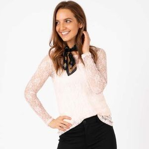 Agnes & Dora Fitted Lace Long Sleeve